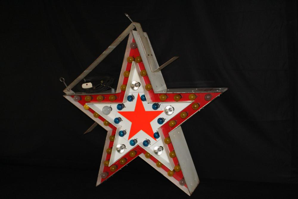 SUPERIOR OUTDOOR ADVERTISING FLASHING STAR SIGN