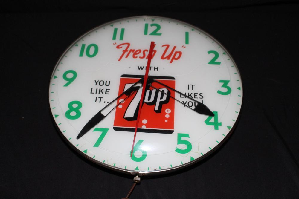 FRESH UP WITH 7 UP SEVEN UP CLOCK
