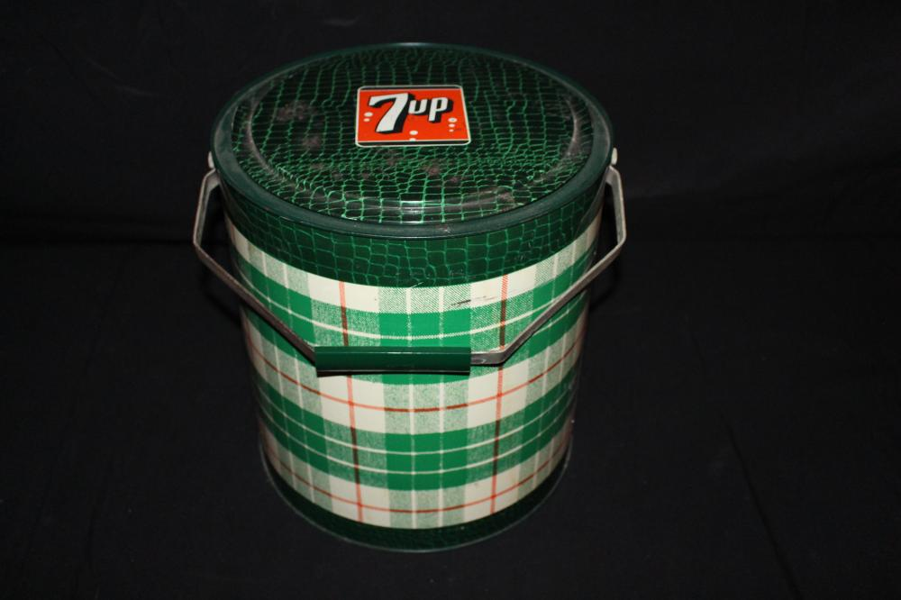 PLAID 7-UP SEVEN UP SODA POP COOLER 7 UP