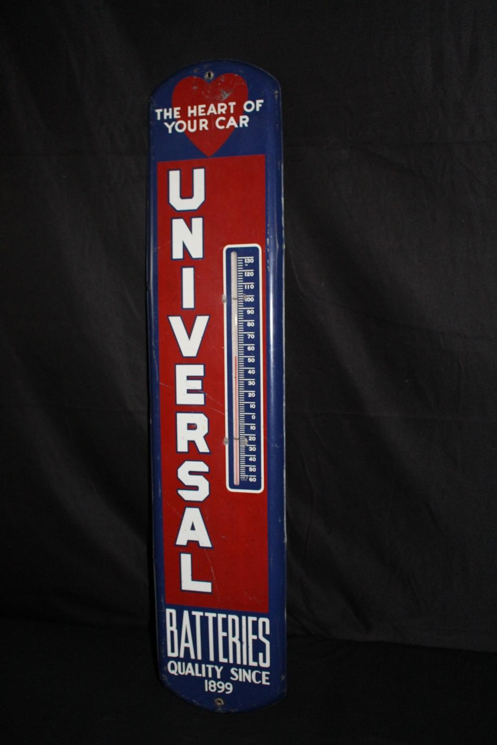 UNIVERSAL BATTERIES THERMOMETER SIGN