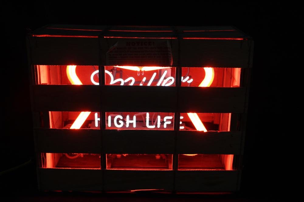 NOS MILLER HIGH LIFE BEER FLASHING NEON SIGN