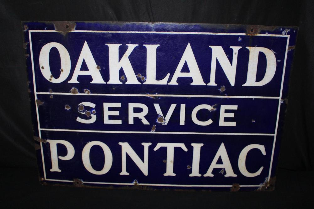 PORCELAIN OAKLAND PONTIAC SERVICE DEALER SIGN