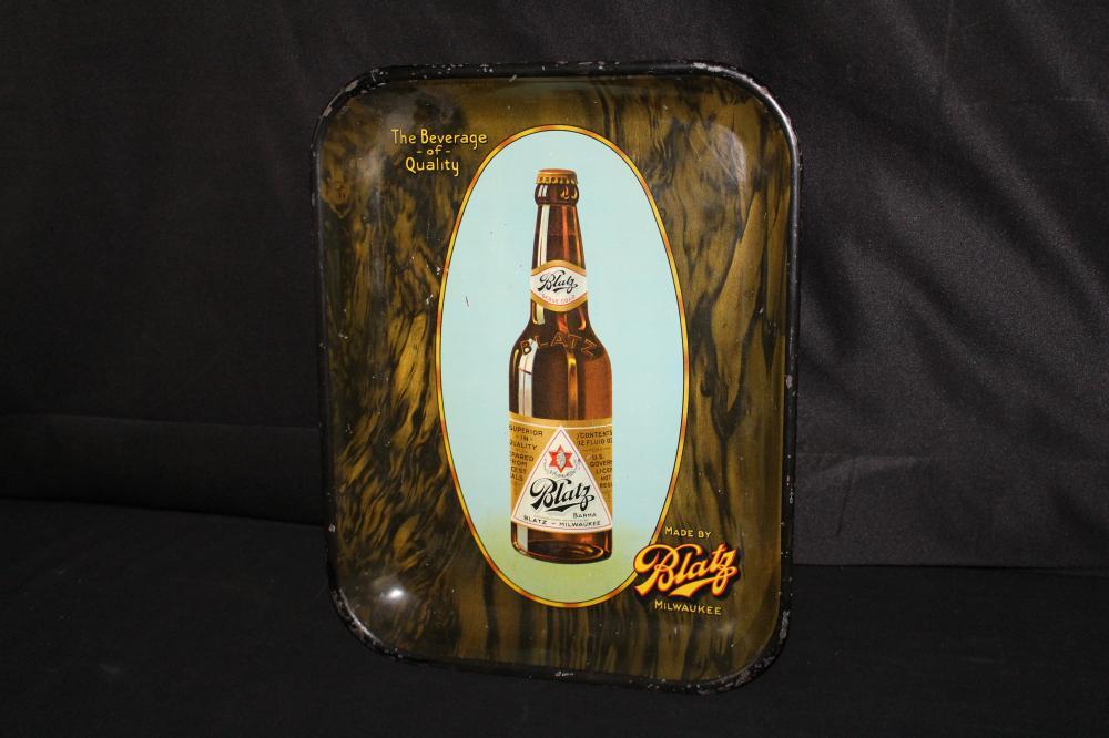 PRE PRO BLATZ WOOD GRAIN BEER TRAY SIGN MILWAUKEE