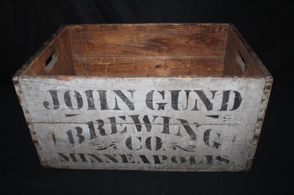 JOHN GUND BREWING CO MINNEAPOLIS BEER CASE CRATE