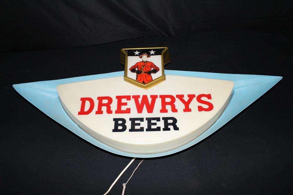 DREWRYS BEER CANADIAN MOUNTIE LIGHTED SIGN