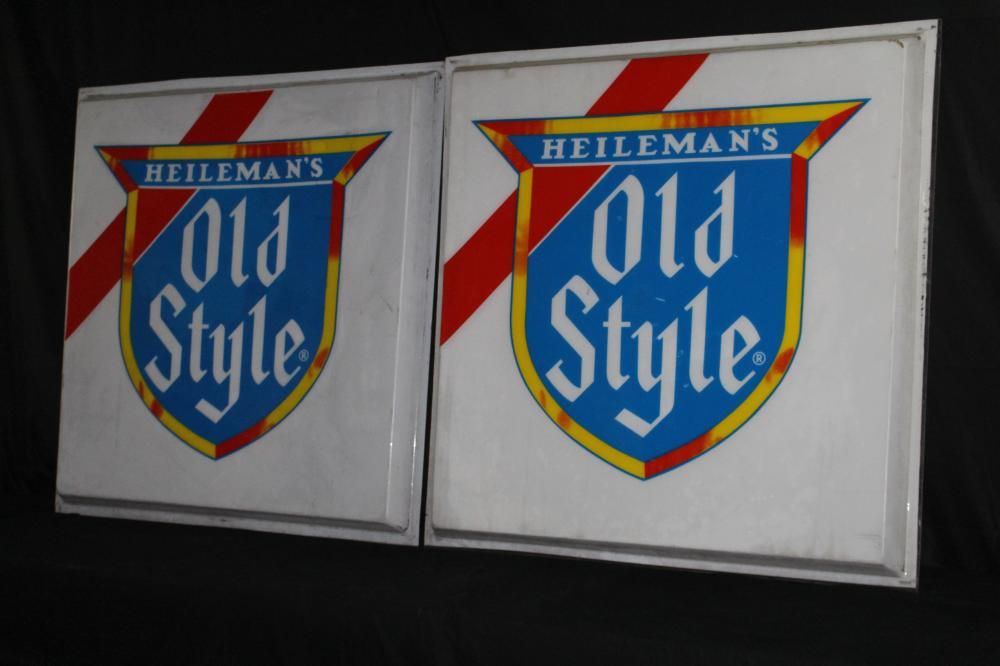 HEILEMANS OLD STYLE LAGER BEER PLASTIC SIGN PANELS