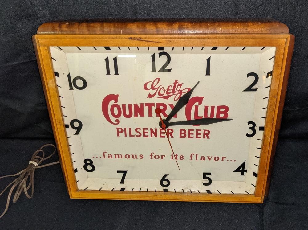 CLOCK SIGN GOETZ COUNTRY CLUB BEER