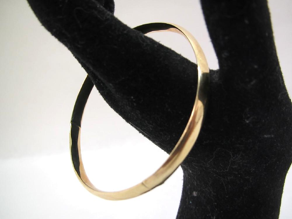 10kt Gold Bangle Bracelet