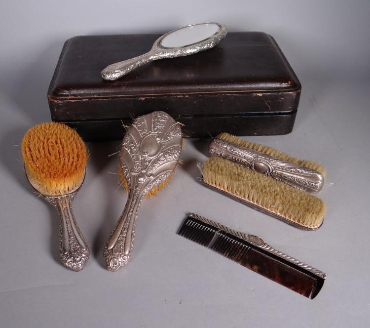 Silverware: silver English Vanity set for Birmingham HM Matthews