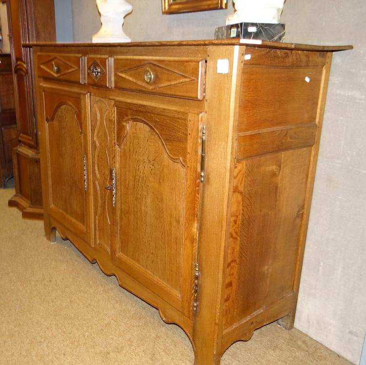 Furniture style oak dresser / sideboard 19 Cth