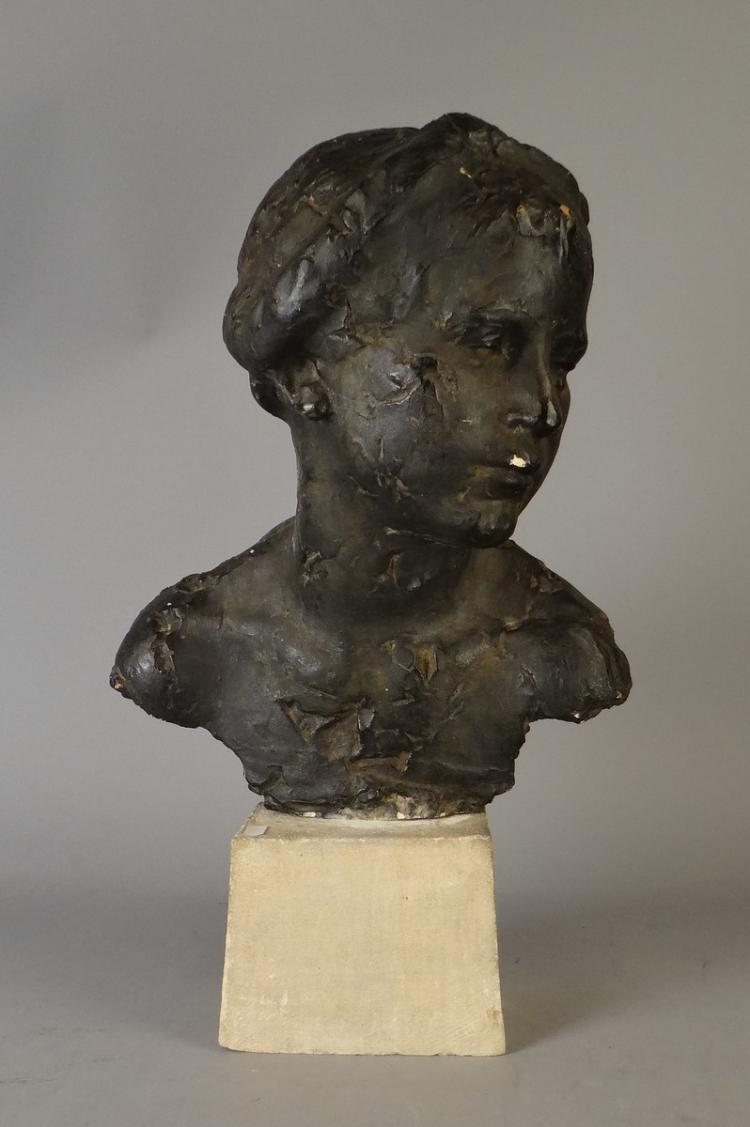 Sculpture: Original Plaster - Bust of young woman - in the style of Rik Wouters Anonymous