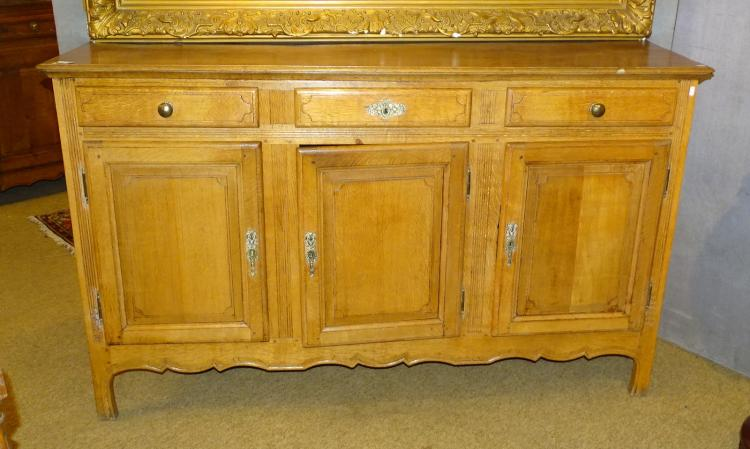 Furniture: Oak Louis XVI dresser / sideboard late 18th early 19 Cth