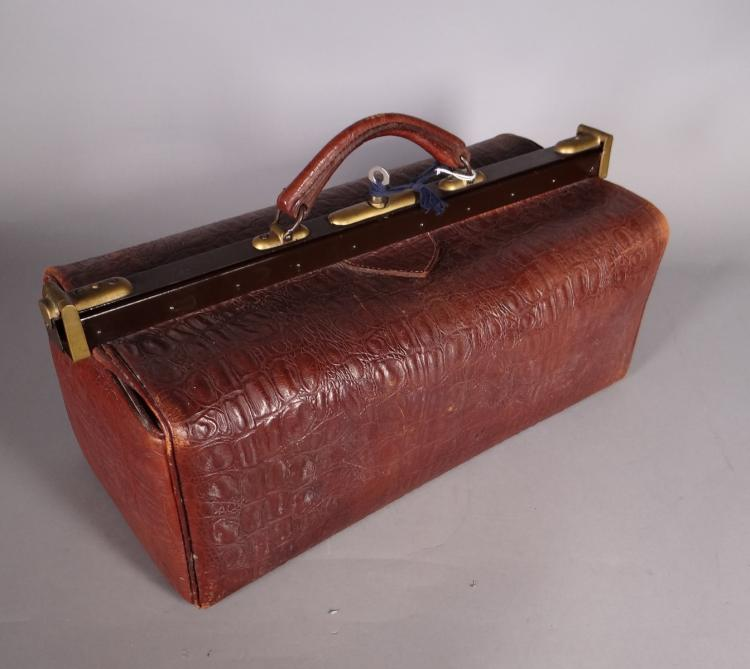 Subject: doctor suitcase in crocodile