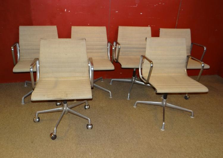 Furniture: 6 aluminum chairs EA 108 Charles Eames original Herman Miller circa 1960