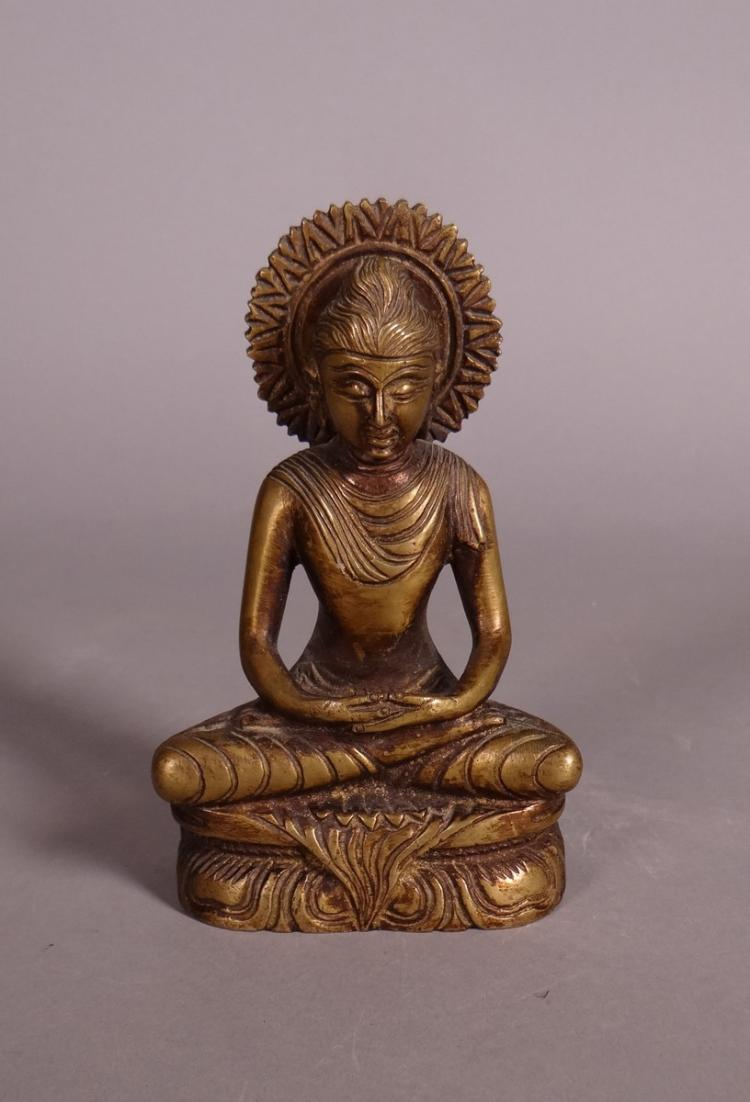 Asian: Indian bronze sculpture Buddha in lotus position in fin19e meditation - early 20C