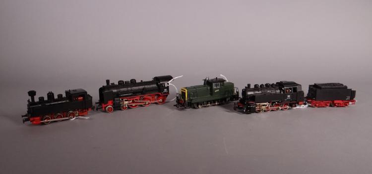 Toy (4): Train MARKLIN HO 3032 loco-tender. loco - diesel maneuvering. 3099 loco-tender. loco-tender Black