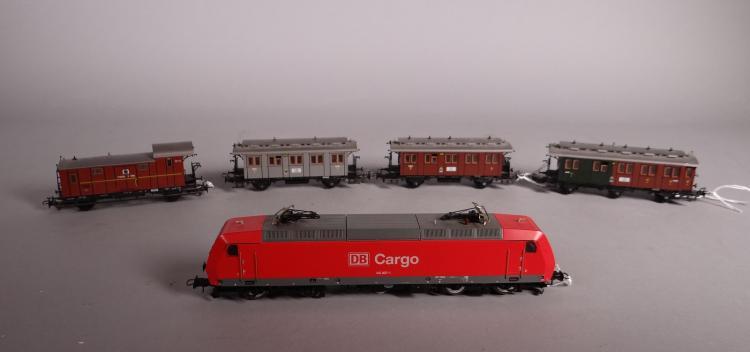 Toy: Train ROCO 69560 Electric motor + 4 wagons