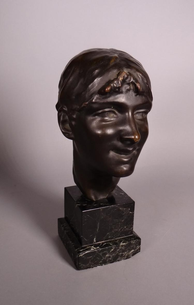 Sculpture: Bronze - Head of young woman - anonymous early 20C
