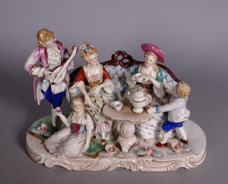Ceramics: porcelain Group - Time to taste - Middle 20C