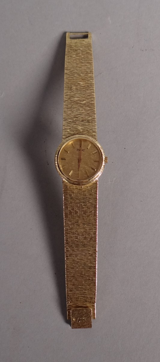 Jewelry: Piaget lady's watch in yellow gold 18k original 18k yellow gold bracelet