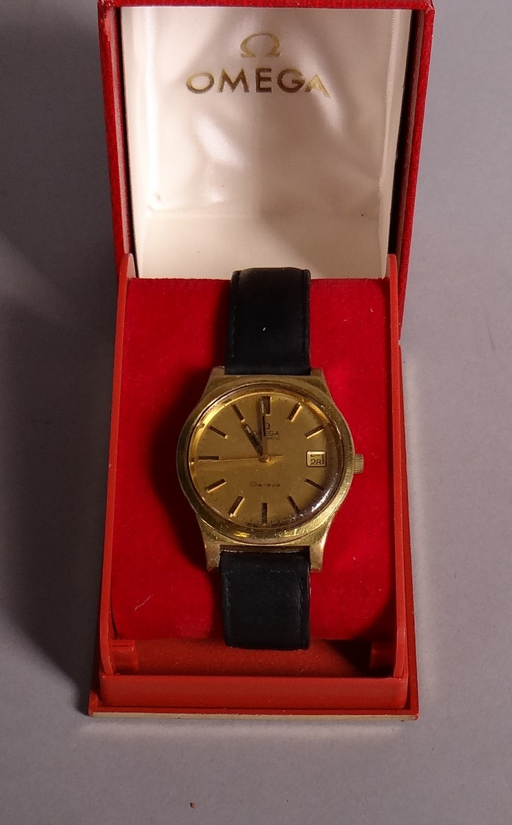 Watchmaking OMEGA watch automatic for man