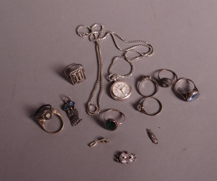 Jewelry lot of silver jewelry
