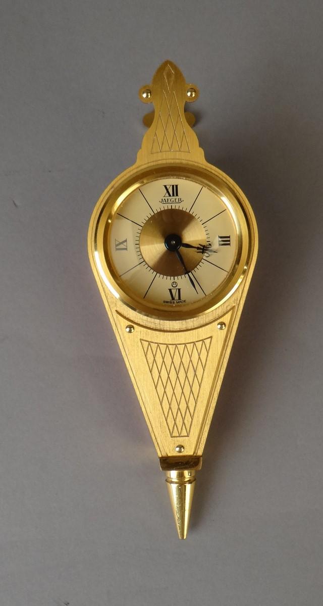 horlogerie horloge murale ou poser jaeger en forme de so