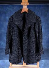 Fashion: Lady jacket in astrakhan furrier Lempereur Charleroi