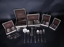 Silverware : Cutlery set in silver-plated CHRISTOFLE Pompadour model