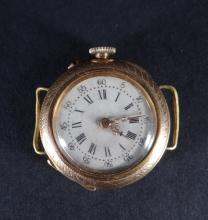 Jewel: 18K yellow gold pocket/neck watch adapted for bracelet (sold as is) Late 19th