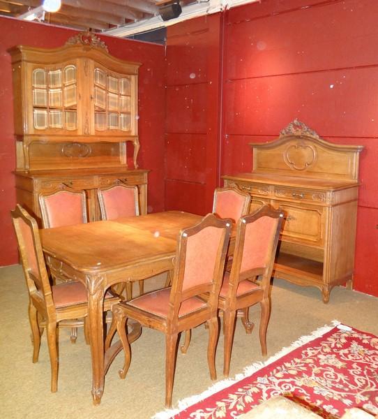 Meuble salle manger de style liegeois en chene circa 1900 for Meuble de salle a manger