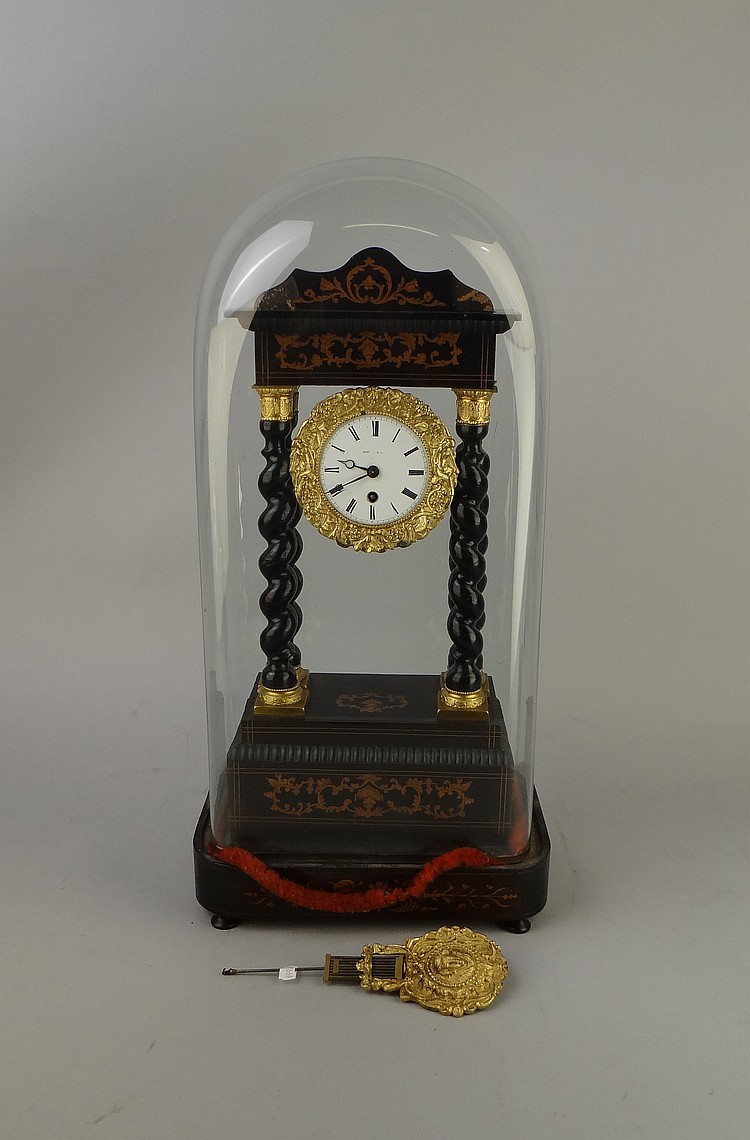 horlogerie horloge pendule portique napiii laqu e noire col. Black Bedroom Furniture Sets. Home Design Ideas