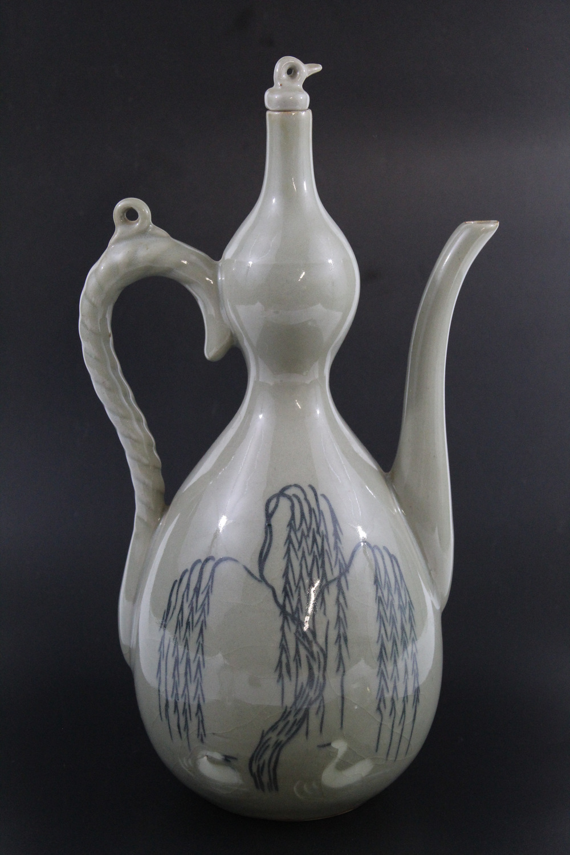 Korean celadon double gourd vase with blue and white decorat
