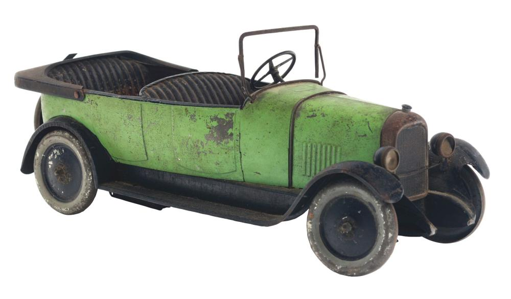 Lot 2111: French Tin-Litho Wind-Up Citron Automobile.