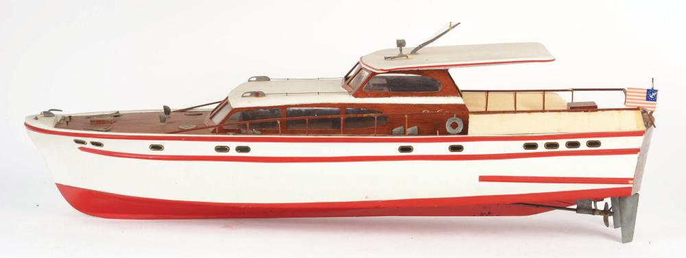 Lot 2108: Chris-Craft Boat.