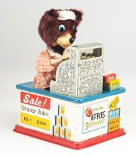 Lot 2170: Japanese Tin-Litho Battery Operated Super Susie Cashier Bear In Box.