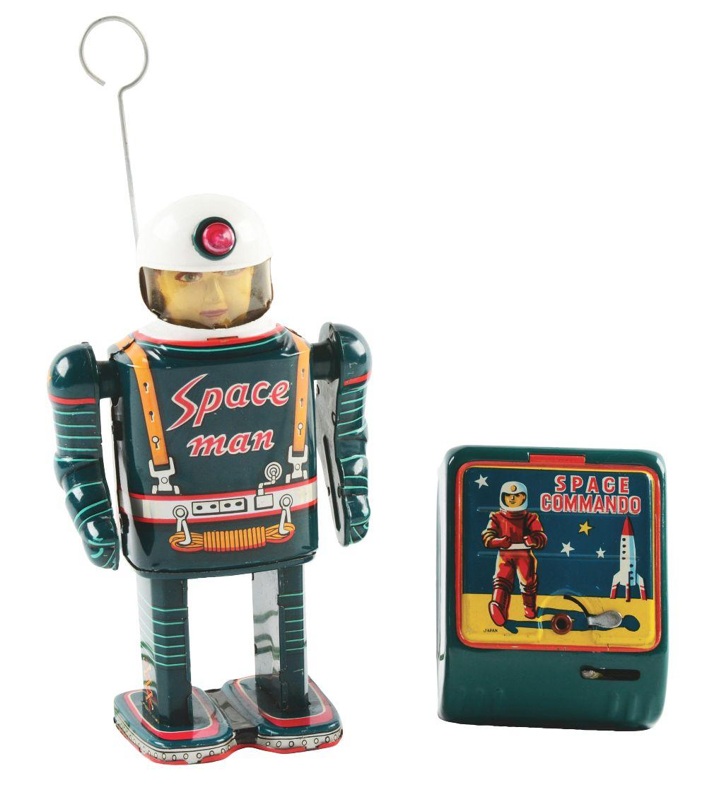 Lot 2203: Japanese Tin-Litho Modern Toys Battery-Operated Remote Control Spaceman.