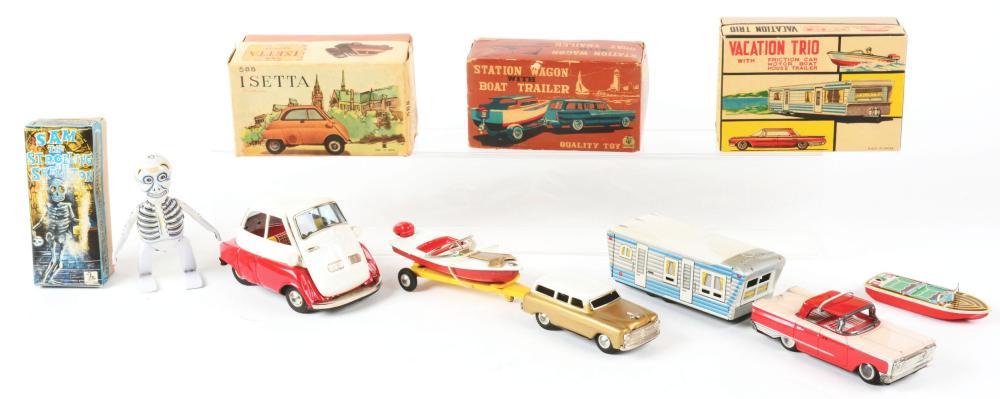 Lot 2213: Lot of 4: Japanese Tin-Litho Wind-Up & Friction Toys.