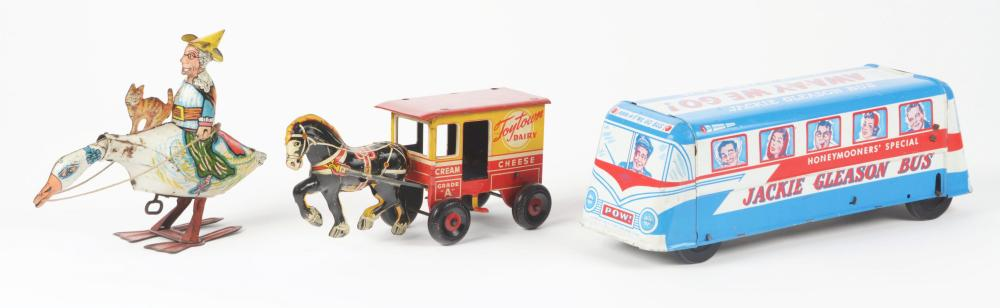 Lot 2281: Lot of 3: American Made Tin-Litho Wind-Up Toys.