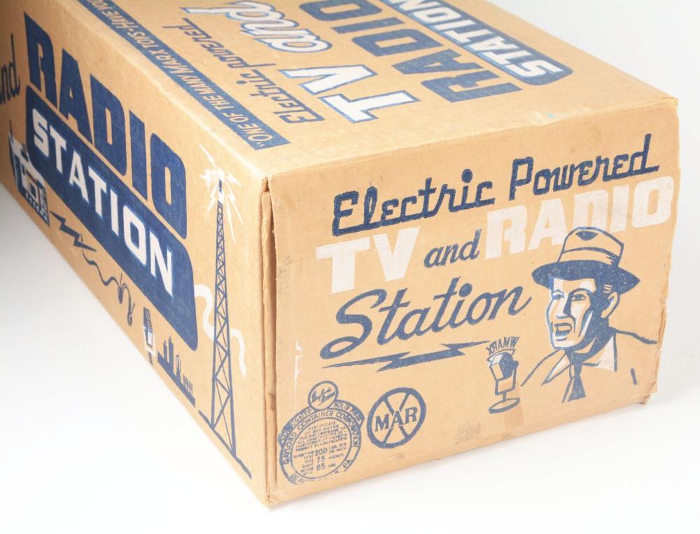 Lot 2370: Unused Marx Electric-Powered TV & Radio Station Set.