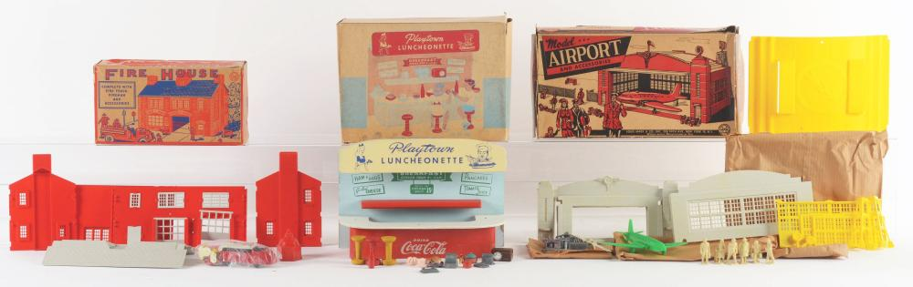 Lot 2373: Lot of 3: Marx & Playtown Small Playsets.