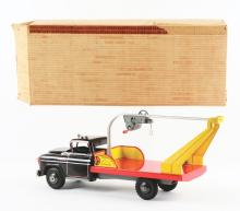 Lot 2423: Marx Tin-Litho & Pressed Steel Machinery Moving Truck.
