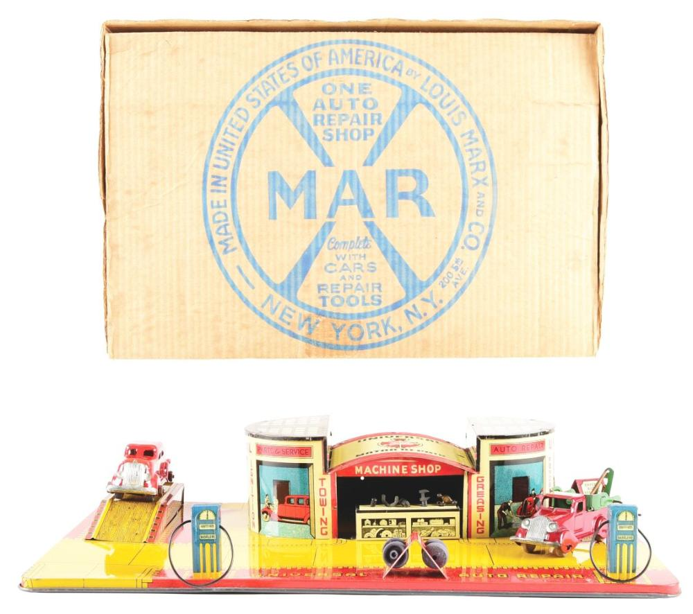 Lot 2429: Very Scarce Marx Pressed Steel & Tin-Litho Universal Motor Repair Service Set.