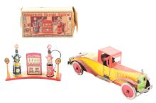 Lot 2439: Lot of 2: Early Marx Tin-Litho Automobile Related Toy Items.