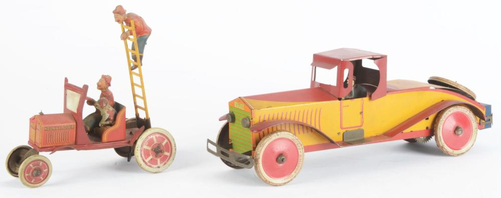 Lot 2447: Lot of 2: Early Marx Tin-Litho Wind-Up Cars.