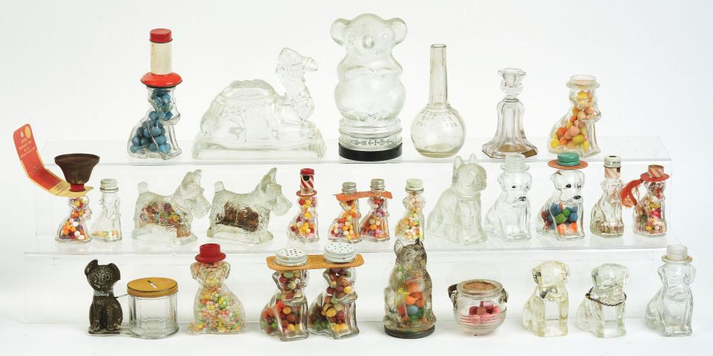 Lot 2578: Lot of 26: Animal Candy Containers.