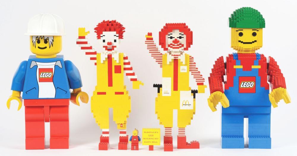 Lot 2676: Lot of 4: Advertising Figures - 2 Lego, 2 Ronald McDonald.