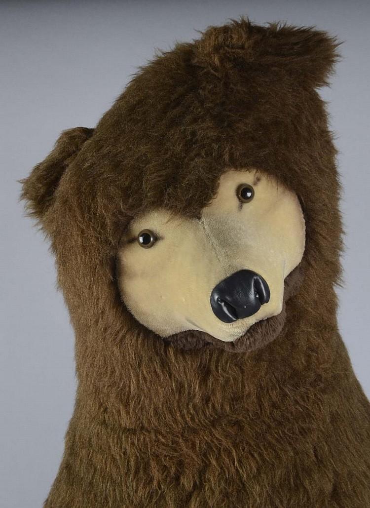Life Size Steiff Studio Brown Bear Stuffed Animal
