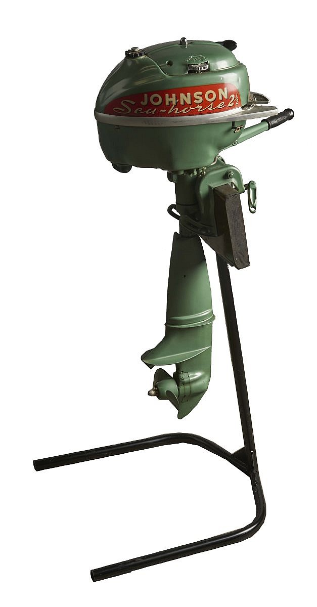 Johnson sea horse model hd25 2 5 hp outboard motor for Green boat and motor