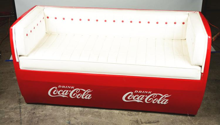 Coca cola cooler couch for Coole couch
